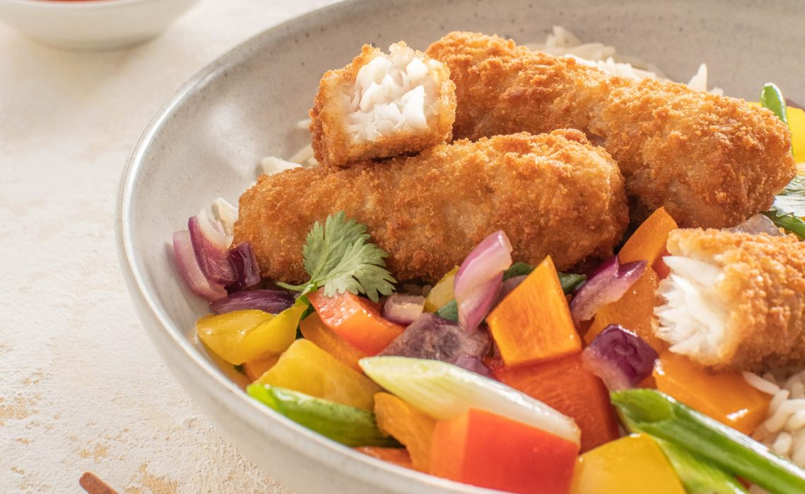 Fish Sticks with Stir Fried Vegetables, Rice & Sweet & Sour Dressing